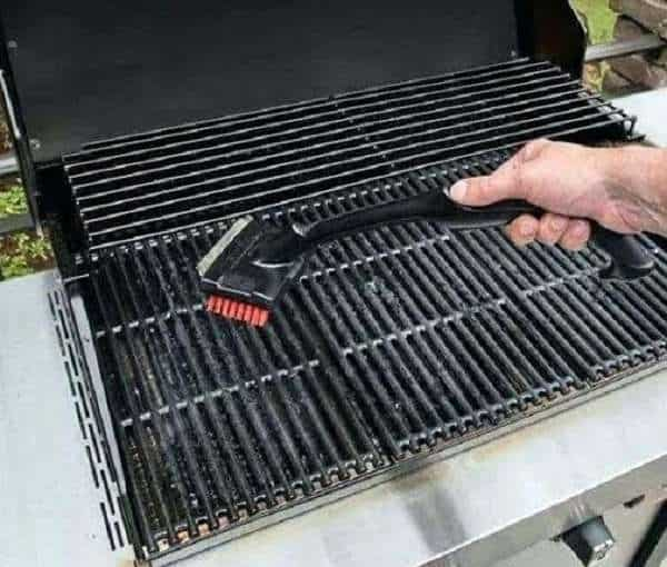 how to clean cast Iron grill grates weber