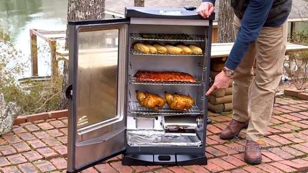 Easy Steps Of How To Use An Electric Smoker