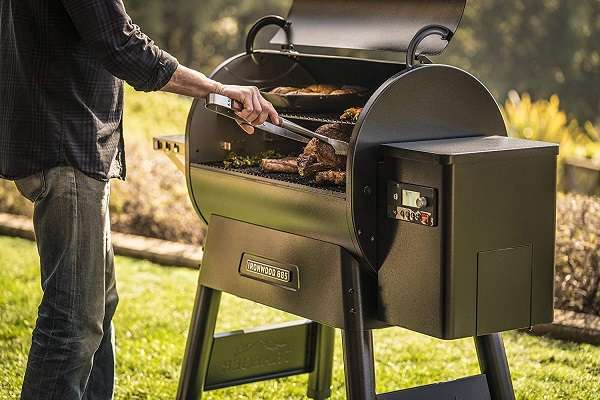 Traeger Ironwood 885 Pellet Grill Review