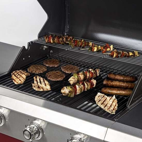 Key Features of Dyna-Glo DGG424RNP-D Gas Grill