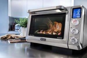 Key Feature Of DeLonghi EO241250M Livenza Countertop Oven