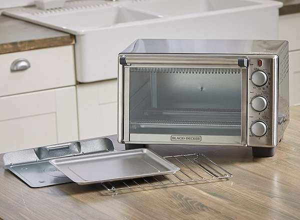 What Are The Key Features Of BLACK+DECKER TO2050S 6-Slice Toaster Oven